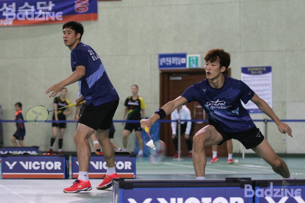 Ko Sung Hyun and Shin Baek Cheol at NSF2017