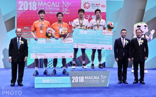 2018 Macau Open men's doubles podium: Shin Baek Cheol / Ko Sung Hyun, Lee Yong Dae / Kim Gi Jung