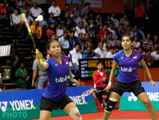 Greysia Polii / Nitya Krishinda Maheswari at the 2016 India Open