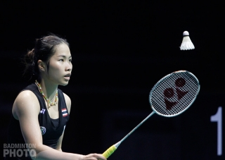 Ratchanok in the women's singles final of the 2016 Singapore Open