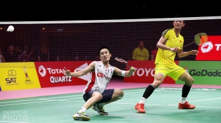 Kento Momota (JPN) and Chen Long (CHN) at the 2018 Thomas Cup