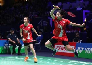 Kim So Yeong (left) and Kong Hee Yong (KOR)