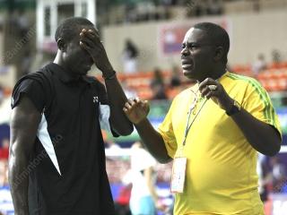 coach-nigeria-04-ngr-st-wc2009