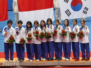 podium-womens-team-42-div-rs-asiangames2010