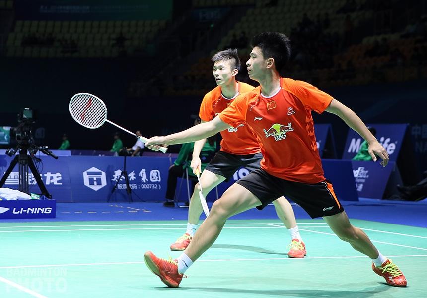 Huang Kaixiang and Zheng Siwei at the 2014 China Open