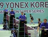 kor09-umpires-6646
