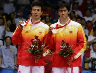 podium-mens-doubles-26-div-yl-olympicgames2008