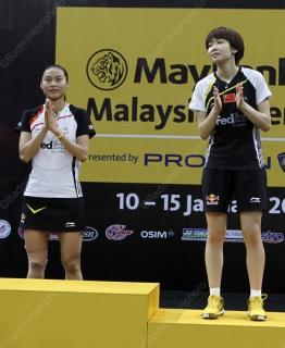 wang-yihan-and-xin-malaysiaopen2012-yves7199