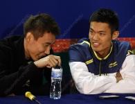 lee-chong-wei-and-lin-dan-10-superseriesfinals2011