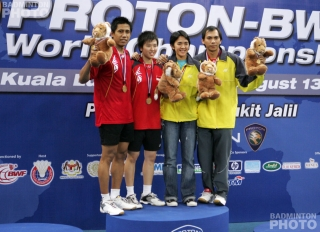 Podium Mixed Doubles-31-DIV-YL-WorldChampionships2007
