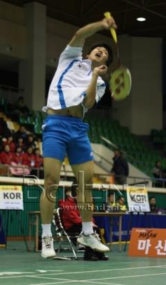 lee-yong-dae-int-3493-yi2008bzi