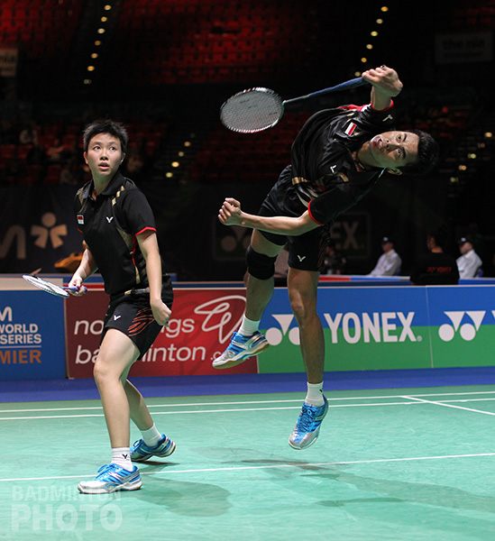Seeds Lee Chong Wei, Tine Baun and Ahmad/Natsir remained to increasingly stand as favourites for the tournament in which many others have fallen. By Michael Burke, Badzine Correspondent, live from […]
