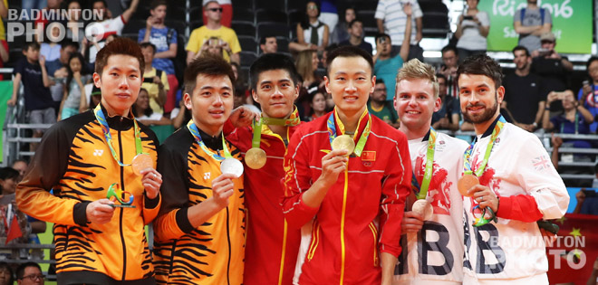 Fu Haifeng / Zhang Nan delivered a spectacular performance in the badminton men's doubles final and were crowned Olympic champions after a nerve-wracking match against Goh V Shem / Tan […]