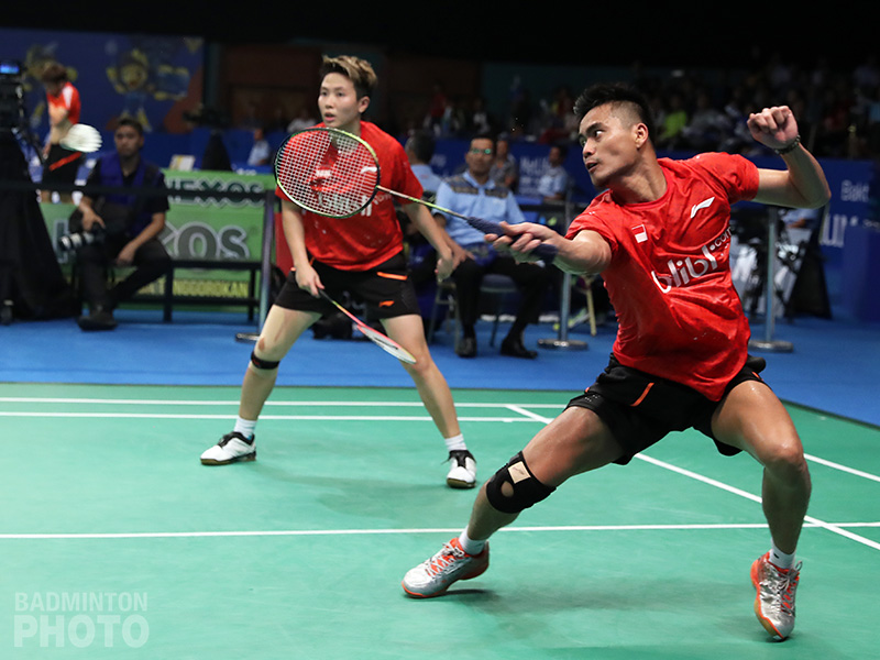 Indonesian shuttlers won just over half their matches as Olympic champions Ahmad/Natsir barely held on. By Naomi Indartiningrum, Badzine Correspondent live in Jakarta. Photos: Badmintonphoto (live) The 2017 BCA Indonesia […]