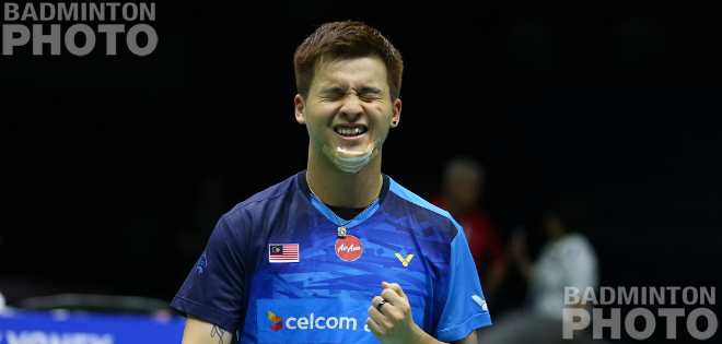 Top-seeded Japan survived a first match scare to win a bloody battle with Malaysia 3-0 and book a semi-final against Indonesia at the Sudirman Cup. By Don Hearn. Photos: Badmintonphoto […]