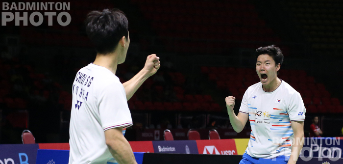 Choi Sol Gyu and Seo Seung Jae came back from a game down to oust defending champions Kamura/Sonoda from the 2019 Thailand Open but two Korean debuts ended early. By […]