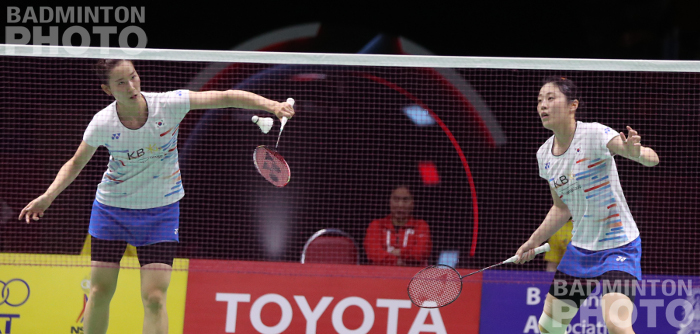 Korea's Chang Ye Na / Kim Hye Rin admitted to being 'surprised' they won their nail-biter of a quarter-final over defending champions Polii/Rahayu, while Indonesia suffered the ouster of world […]