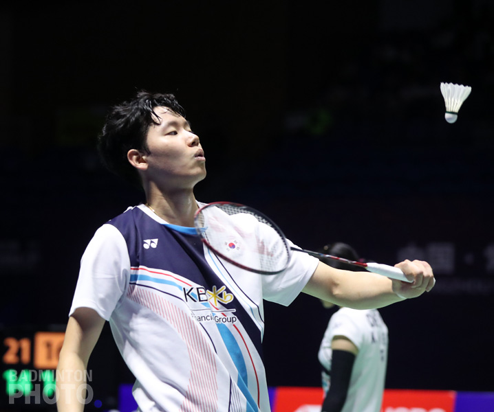 Korean doubles star Seo Seung Jae is in an ominous predicament at home, with his contract decisions regarding which pro team to join actually putting his spot on the national […]