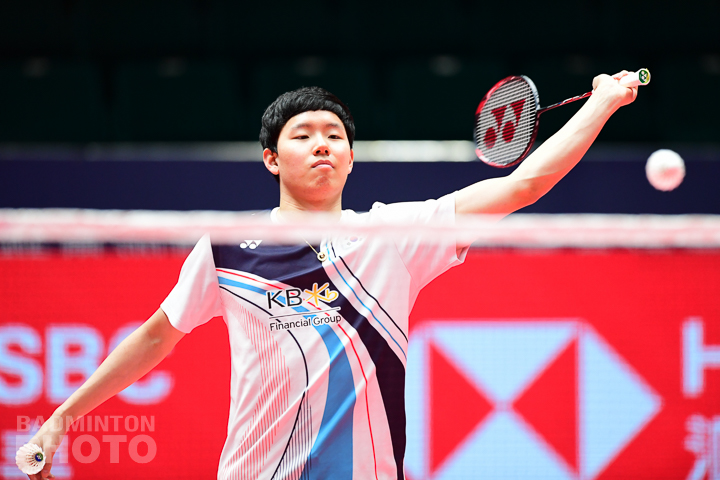 A report today in Korea's Sports Chosun paper revealed that the Badminton Korea Association (BKA) will be ruling on whether to discipline doubles star Seo Seung Jae over issues relating […]