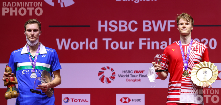 Viktor Axelsen had four straight titles, a 29-match unbeaten streak and loads of momentum going into the year-end final in Bangkok. Anders Antonsen had won the biggest title of his […]