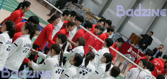 Korea and Japan met in Hanam for a series of team badminton friendlies this week, with Japan's favourites winning all but one tie. Story and photos by Don Hearn Bi-national […]